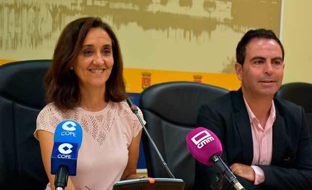 El PSOE denuncia la mala gestión del ayuntamiento en los servicios públicos