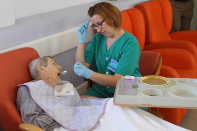 El programa 'Acompañamiento Hospitalario' ha atendido en Talavera a más de 30 mayores durante 170 días