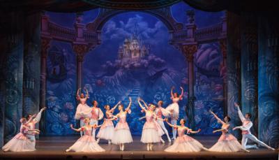 Los integrantes del Ballet Clásico de San Petersburgo, en una representación
