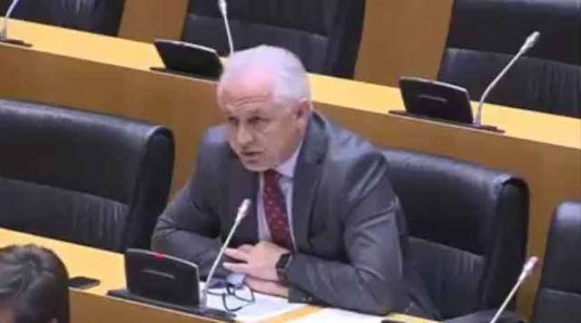 José Miguel Camacho durante su intervención en la Comisión