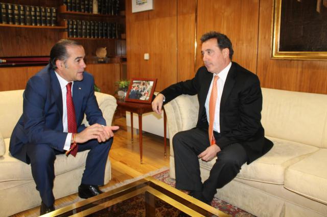 osé Julián Gregorio y el presidente dela CHT