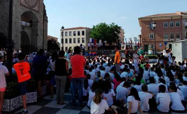 Más de 1.000 alumnos se reúnen para fomentar la lectura en Talavera