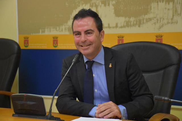 El PSOE lamenta que el Ayuntamiento haya renunciado a casi 300 contratos del Plan de Empleo
