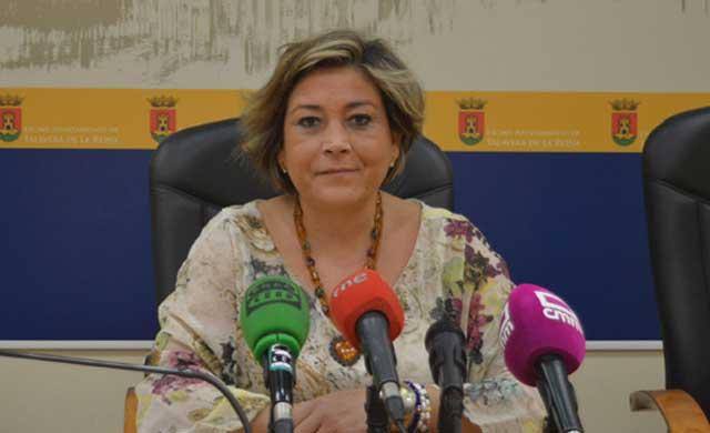 Vilches exige a Page que deje de parchear la sanidad de Talavera