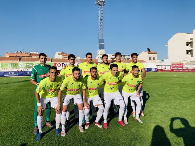 Once inicial del CF Talavera en Yecla.