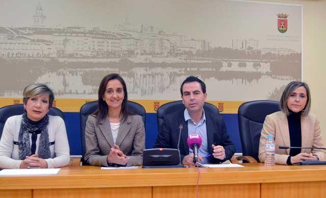 El PSOE rechaza los Presupuestos 2017 en su totalidad