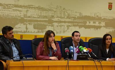 PSOE y Ganemos acusan a Ramos de garantizar su