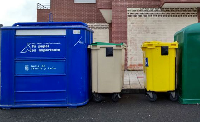 El Ayuntamiento niega que quiera privatizar el servicio de basuras