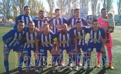 El CF Talavera empata contra un correoso CD Azuqueca