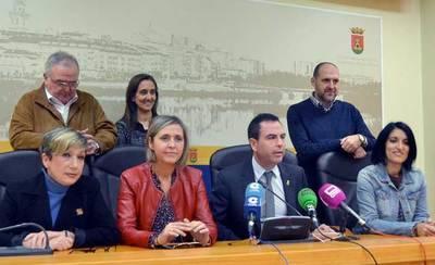 Los concejales del PSOE recurren el permiso de la gasolinera junto al colegio