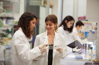 """""""la Caixa"""" destina más de 15 millones de eurosa la convocatoria de proyectos de investigación en salud de 2020"""