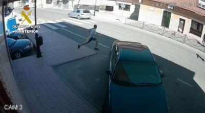 Se hacían pasar por revisores de luz para robar en Santa Olalla, Escalona ...