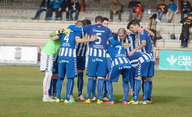 """Triunfo del CF Talavera ante el Mora """"talaverano"""" por 0-1"""