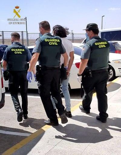Tres detenidos por robos mediante la técnica del 'mataleón'
