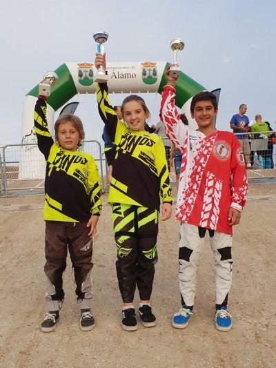 Tres victorias para el club BMX Los Pinos en la clásica de BMX El Álamo