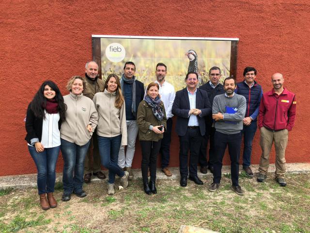Futura colaboración entre Junta y FIEB de Casarrubios del Monte