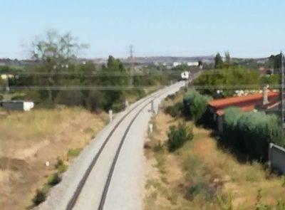 Fallece un menor al ser arrollado por un tren junto a una urbanización de Pepino