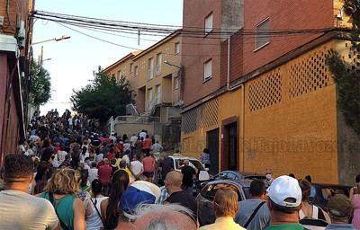 Los vecinos de Cazalegas se manifiestan nuevamente contra la ocupación