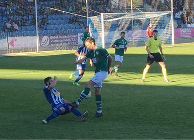 El CF Talavera logra un empate en casa ante el Coruxo FC