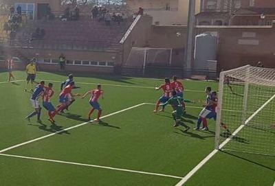 Aplastante derrota del CF Talavera ante el CDA Navalcarnero por 4-0