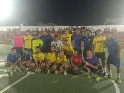 Montesclaros celebra su multitudinario maratón de fútbol sala con 20 equipos participantes
