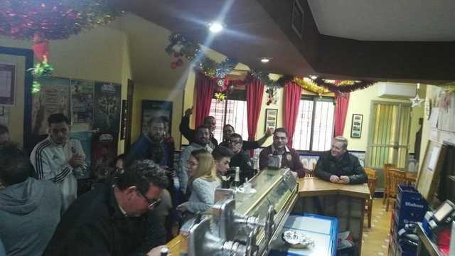 El 'Bar Legazpi' ha repartido la suerte entre los vecinos de La Mata
