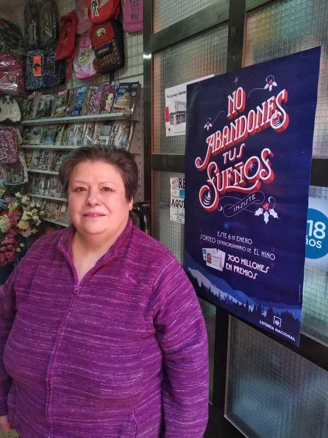 Maribel reparte el segundo premio de El Niño en Los Navalucillos