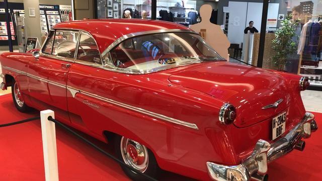 Los Alfares acoge una exposición con los coches más icónicos de la cultura norteamericana