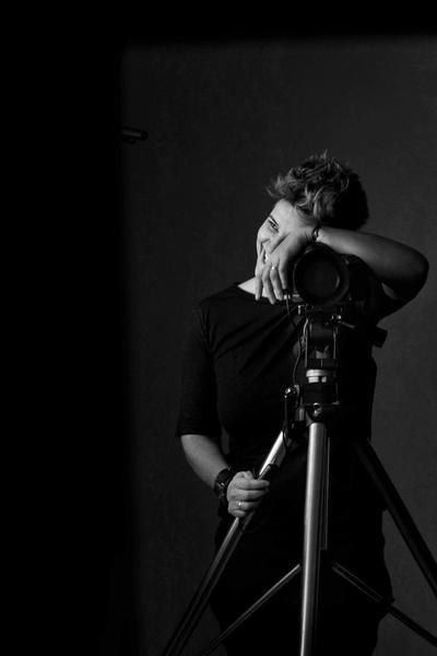 Valeria Cassina recibe el premio a mejor fotógrafo del año en boda y en retrato