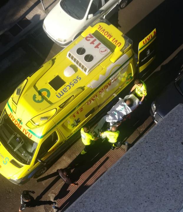 Herida una mujer en Talavera tras precipitarse desde un primer piso