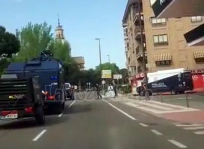 TALAVERA | Llega un camión con cañón de agua antidisturbios de la Policía Nacional