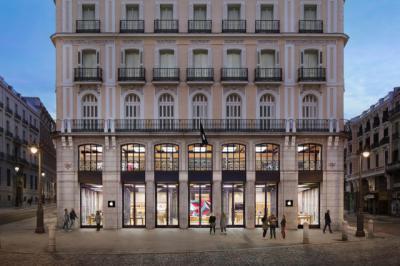 Apple cierra sus tiendas en Madrid por los rebrotes del coronavirus