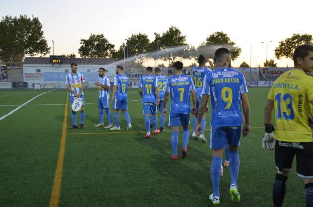 SEGUNDA B | El CF Talavera se quita la espina de la pretemporada y aleja fantasmas