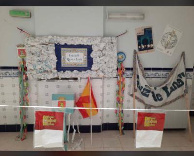 GALERÍA | La particular manera de celebrar las Mondas del Colegio Ruiz de Luna