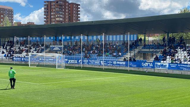 FÚTBOL | El CF Talavera se va al descanso con el 1-0