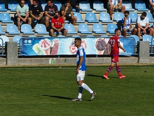 El CF Talavera lo intentó de mil maneras, pero no logró el gol