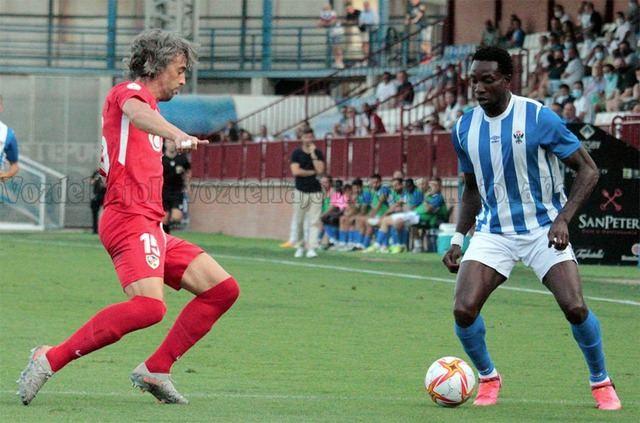 El Linares Deportivo se impone al CF Talavera por 2-4