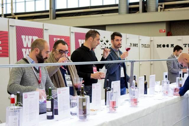 El presidente de Castilla-La Mancha inaugura este lunes la 10ª edición de la World Bulk Wine Exhibition