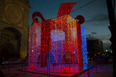 TALAVERA | Recorrido en imágenes por la iluminación navideña
