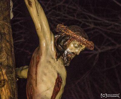 El silencio inunda Talavera con el Cristo de la Espina