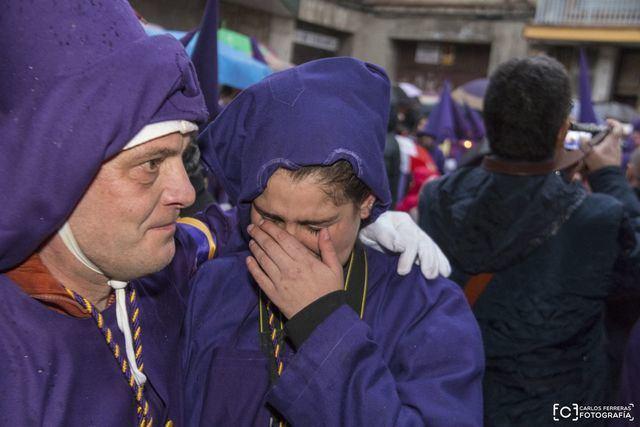 La lluvia obliga a suspender procesiones del Viernes Santo en Talavera
