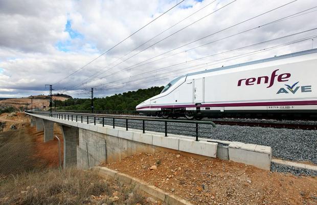 El Pacto por el Ferrocarril en Extremadura promueve una 'cumbre' en CLM para exigir la Alta Velocidad de forma conjunta
