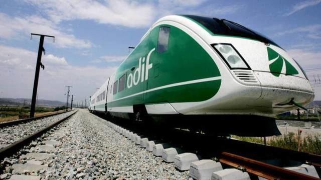 TRANSPORTE | Desconvocan la huelga de ADIF al anunciar una nueva oferta de empleo público