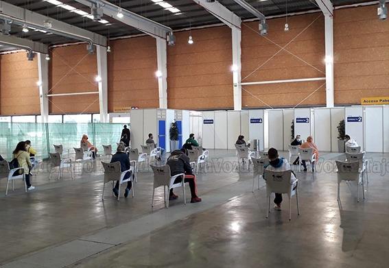 TALAVERA FERIAL | Primer día como centro de salud: 322 PCR previstas y total normalidad