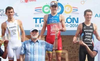 El talaverano Fernado Alarza, campeón en el triatlón de Santo Domingo