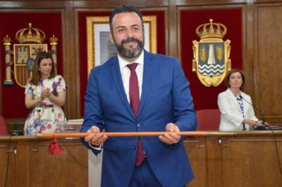 CLM | El alcalde de Azuqueca renuncia a su sueldo y vuelve a Renfe para colaborar con la ciudad en la actual crisis