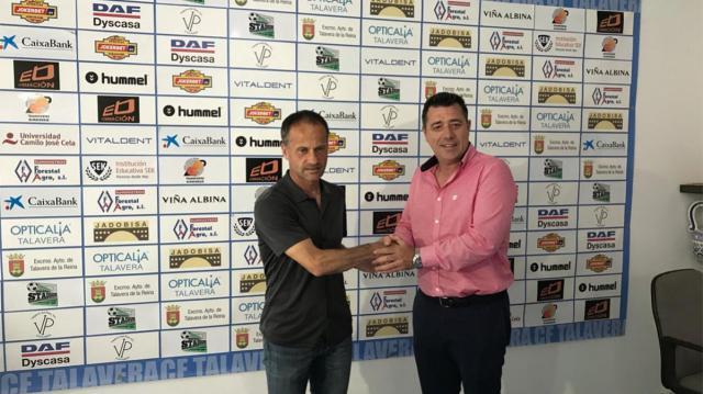 Fran Alcoy seguirá una temporada más en el CF Talavera