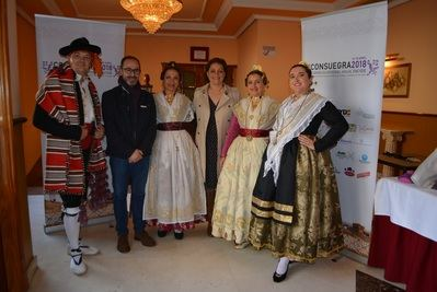María Ángeles García defiende las señas de identidad del folclore de nuestros pueblos