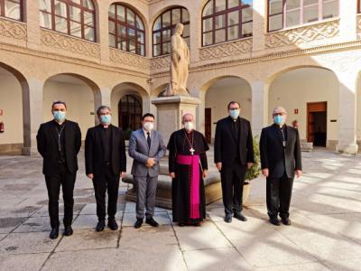 """El arzobispo de Toledo pide cuidar a los monaguillos para """"recuperar las parroquias"""""""