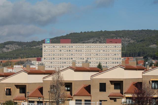 Trasladan al hospital de Cuenca a una mujer y a dos menores tras ser atropellados por un turismo